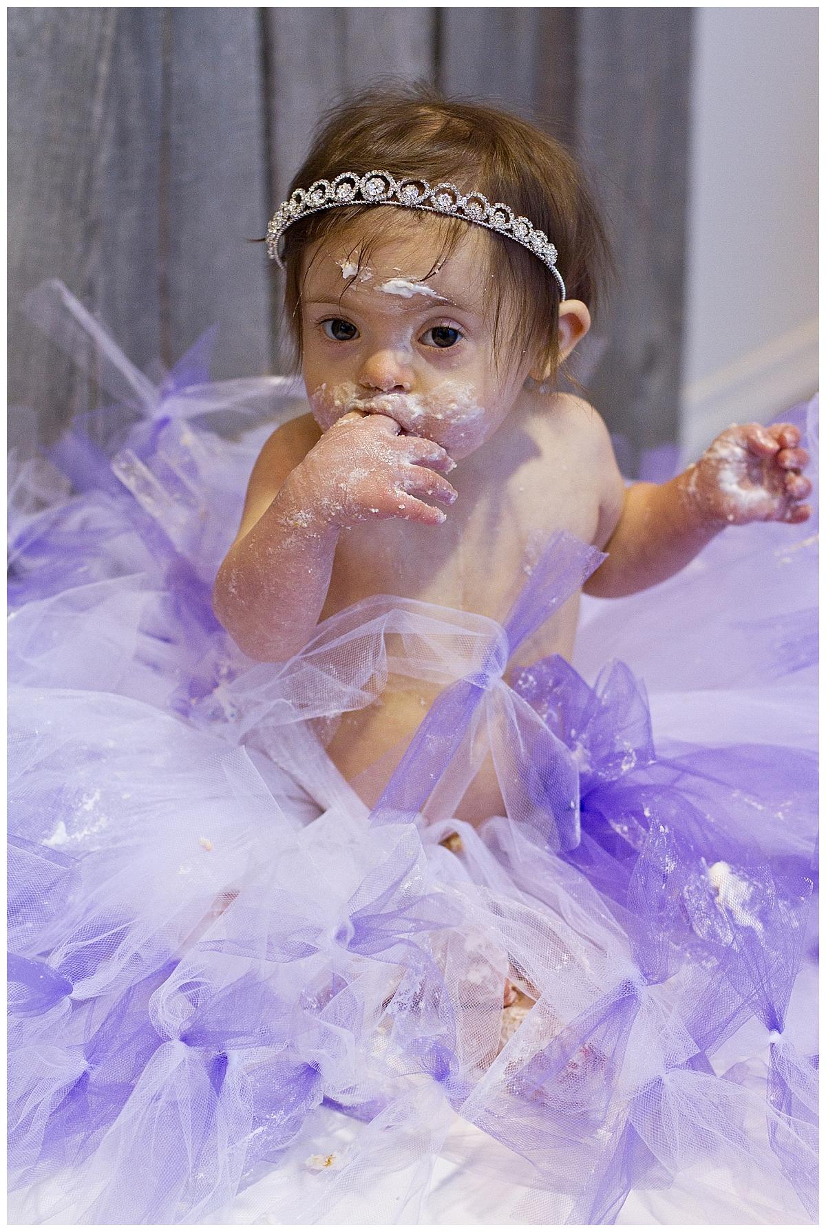 cake-smash-birthday-kelowna-photographer_0053