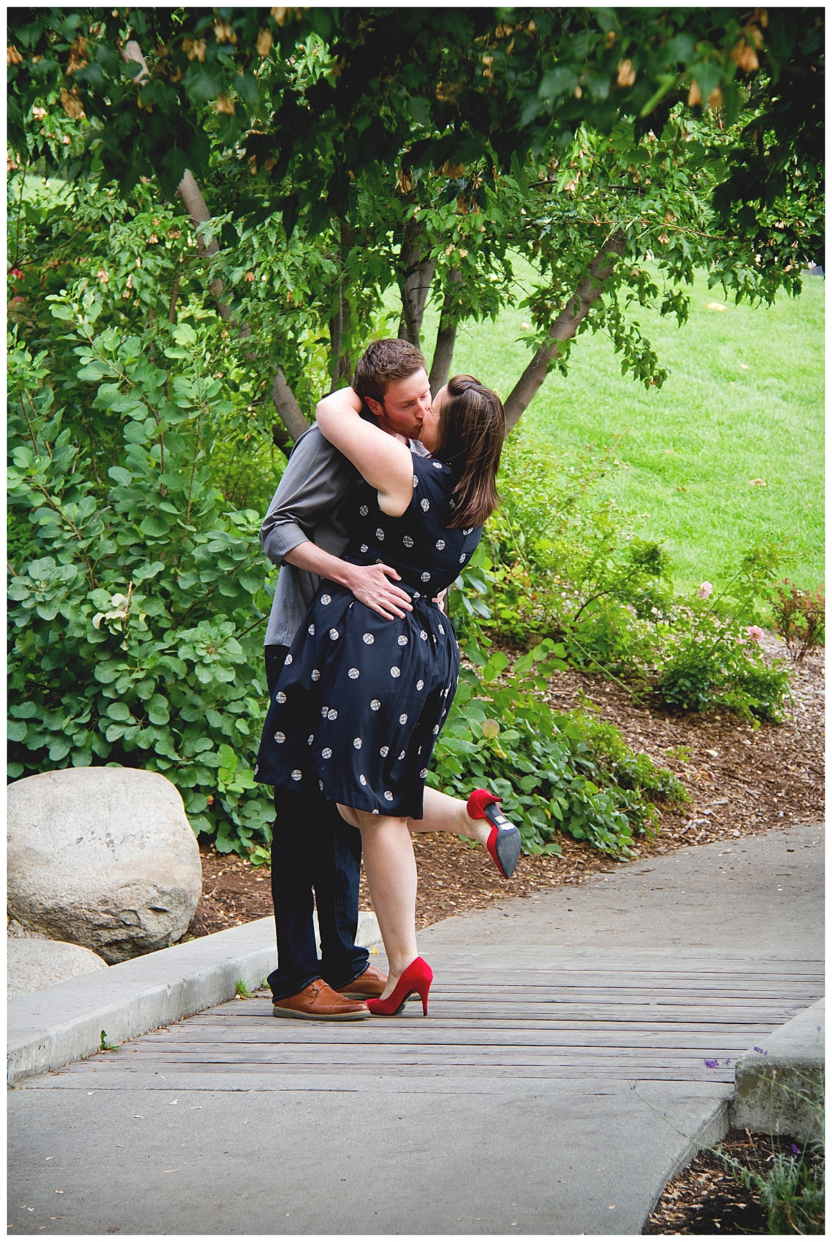 downtown-kelowna-engagement-photographer_0184