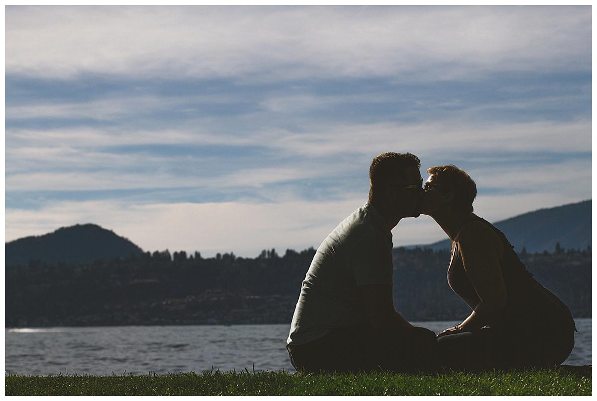 summer-kelowna-engagement-photographer_0030