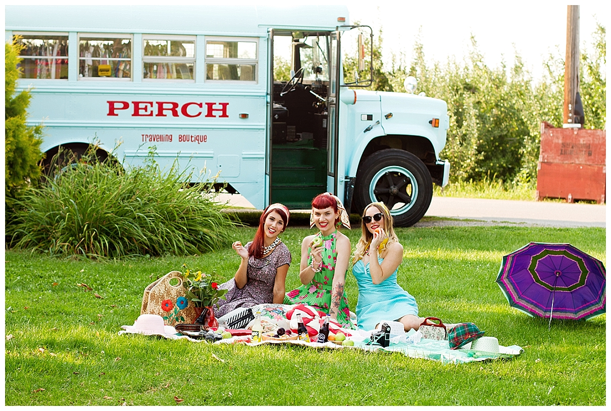 vintage-summer-picnic-kelowna-photographer_0224
