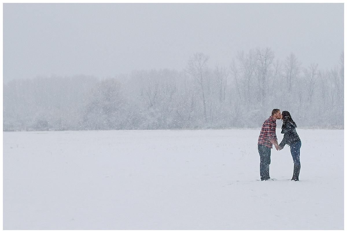 winter-maternity-kelowna-photographer_0207